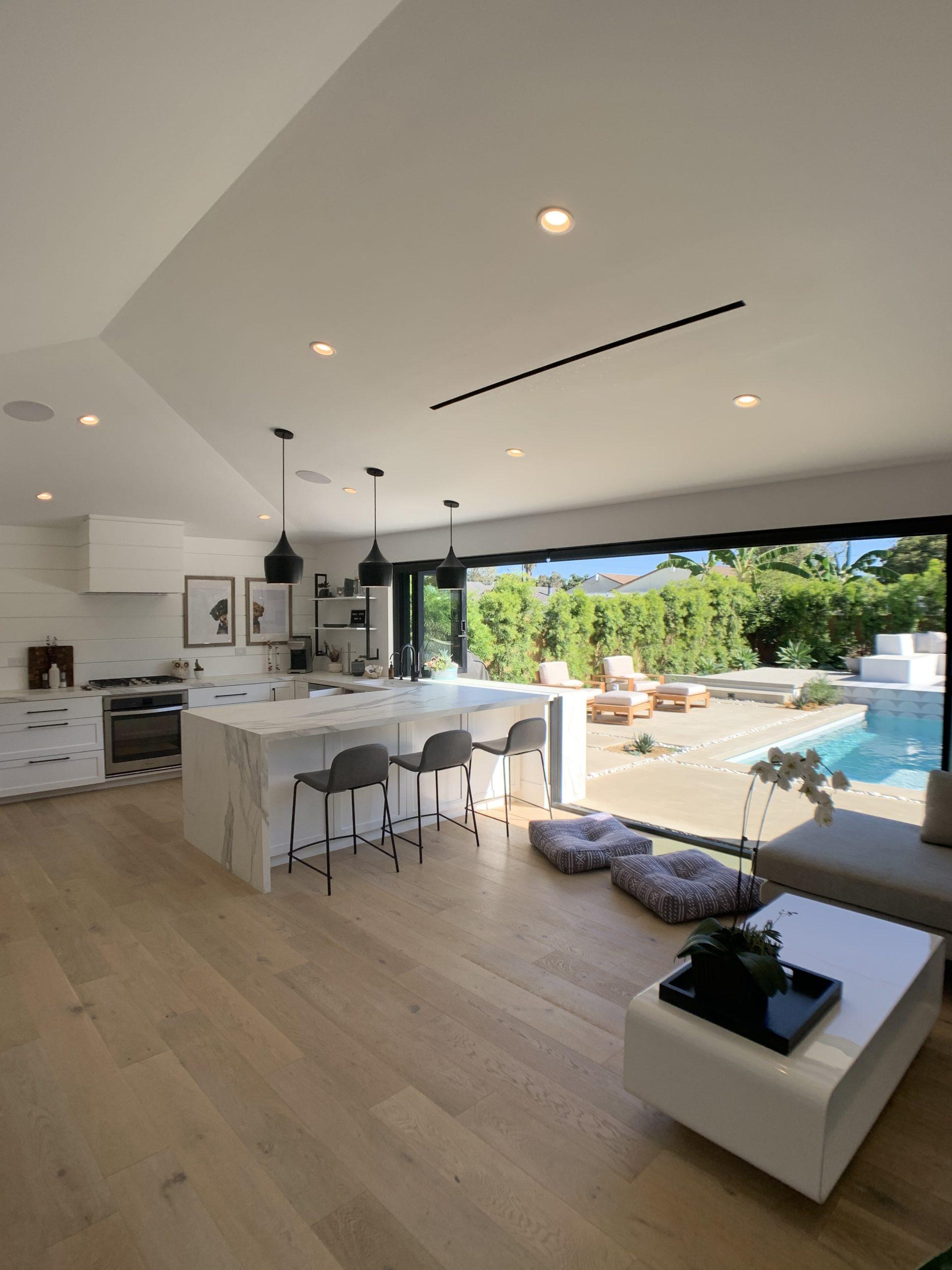 kitchen_pool